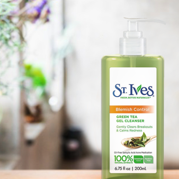 Lilac Prose St.Ives Green Tea Cleanser Review Feature Image