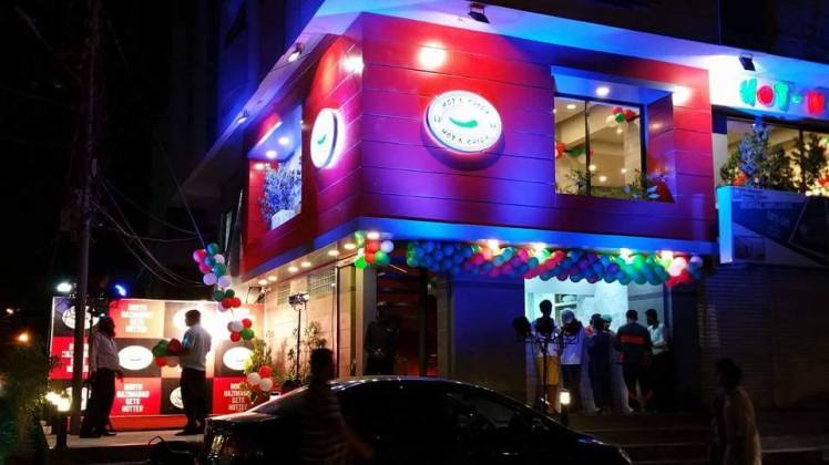 Top 5 Karachi Restaurants 6.jpg