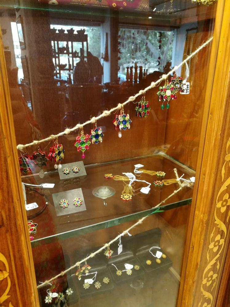 Tali Karachi - A Gift Store_Lilac Prose Traditional Jewellery, handicrafts crafts